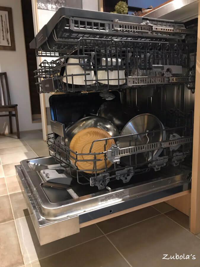 幅60センチのGAGGENAU 食洗機(DI 250 460)
