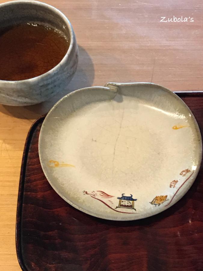 樫舎、赤膚焼のお皿