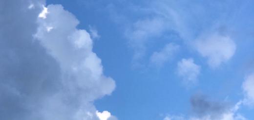 絵のような雲。このブログの写真も98%以上iPhoneで撮影したものです