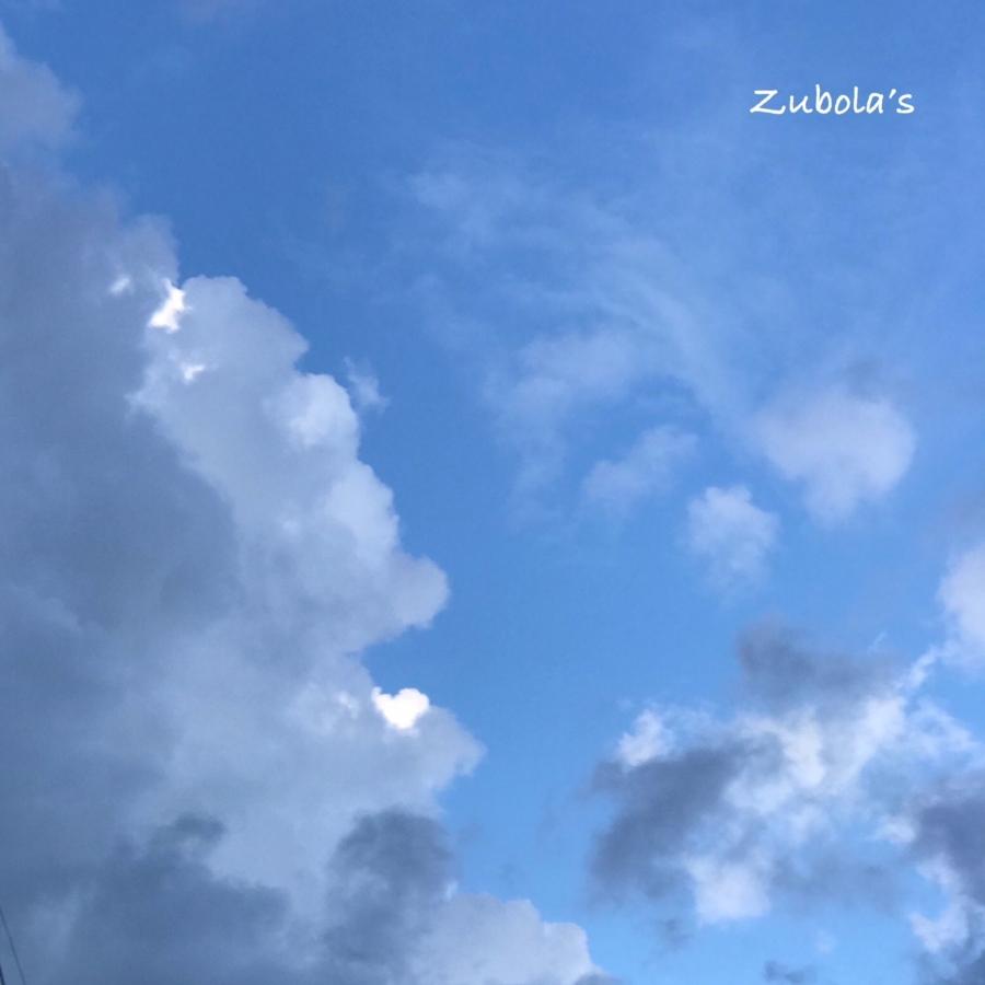 絵のような雲。iPhoneに替えて良かったと思うこと。写真が綺麗!