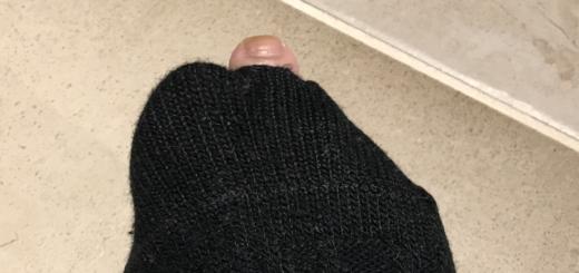 「ブルータス、お前もか」冷える季節の靴下穴あき問題