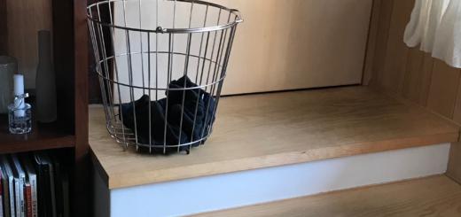 リビングに洗濯カゴを置こう! 靴下脱ぎっぱなし防止策