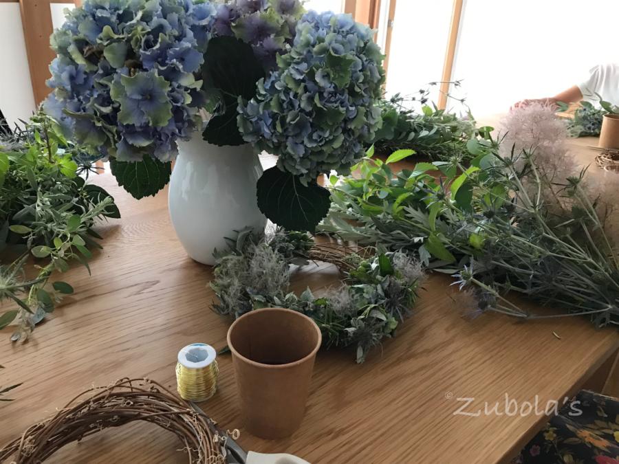 toshie fukuokaさんの「リース会」で作ってきました!生花の美しさに浸る至福の時
