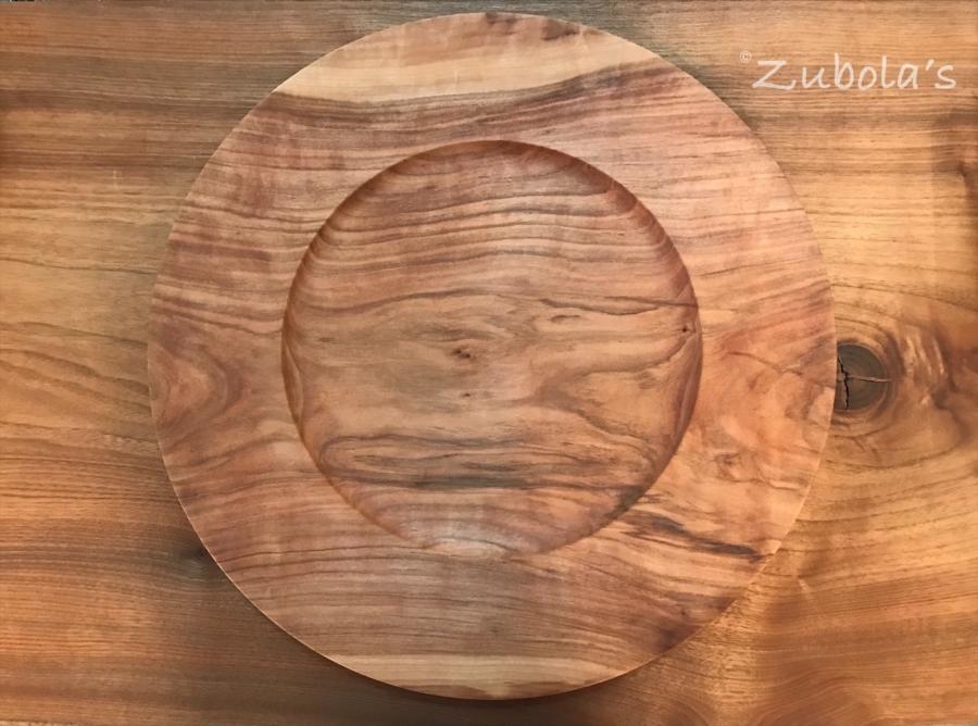 moonrounds渡邉崇さんの木(山桜)のお皿。お皿が生きていた頃の姿を思いながら