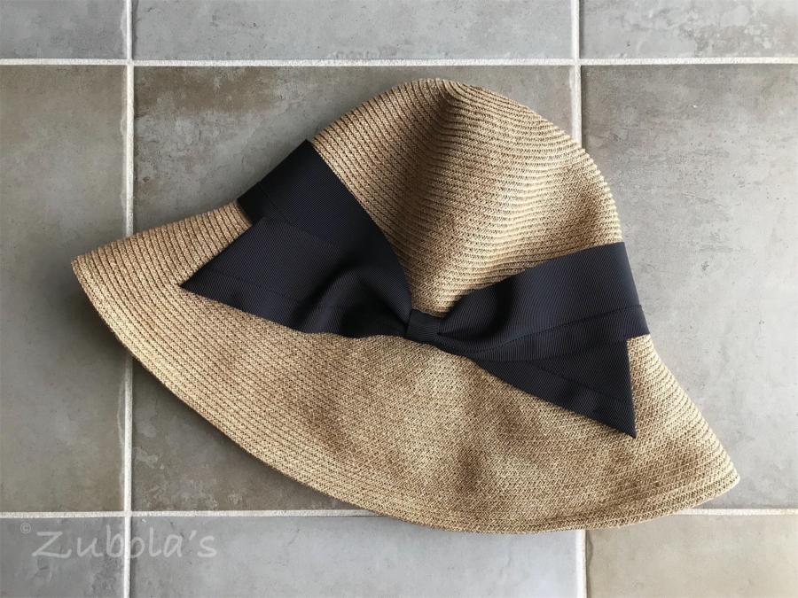"""洗えるペーパー""""麦わら帽子""""は、軽くて、飛びにくい。"""
