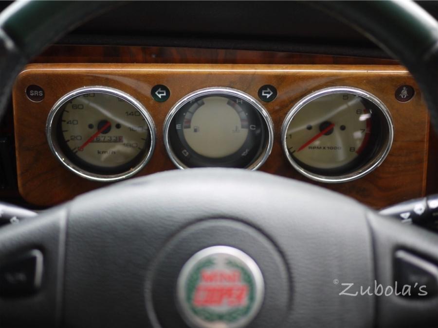 メーターもレトロ!国産車に乗りたい!でも買いたいクルマがない!「もっとデザインがんばってくれ国産車!」再度MINIが壊れて思うこと。